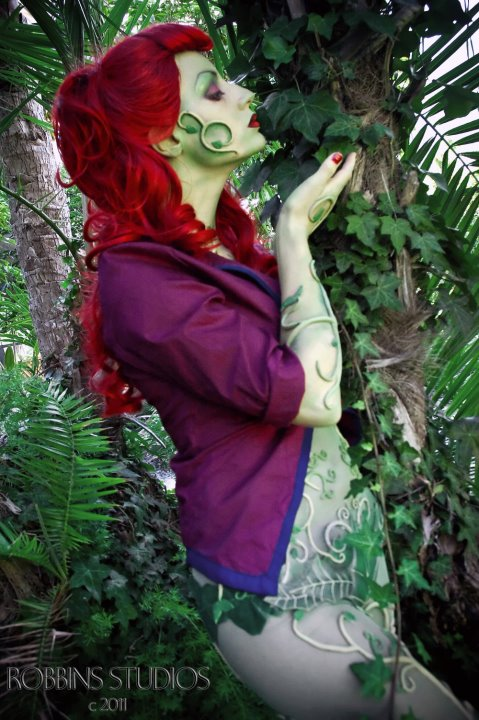 Arkham Asylum Poison Ivy Wig Tutorial - KeAbtium
